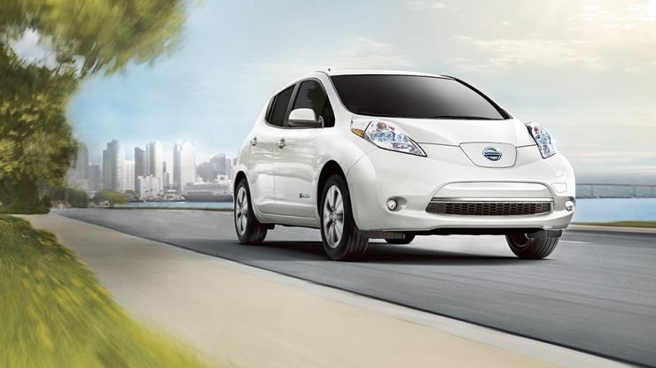 Nissan Leaf-large